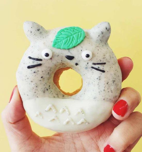 Vickie-Liu-cute-cat-donut